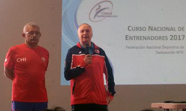 Chile viajará al Mundial con abogado como entrenador