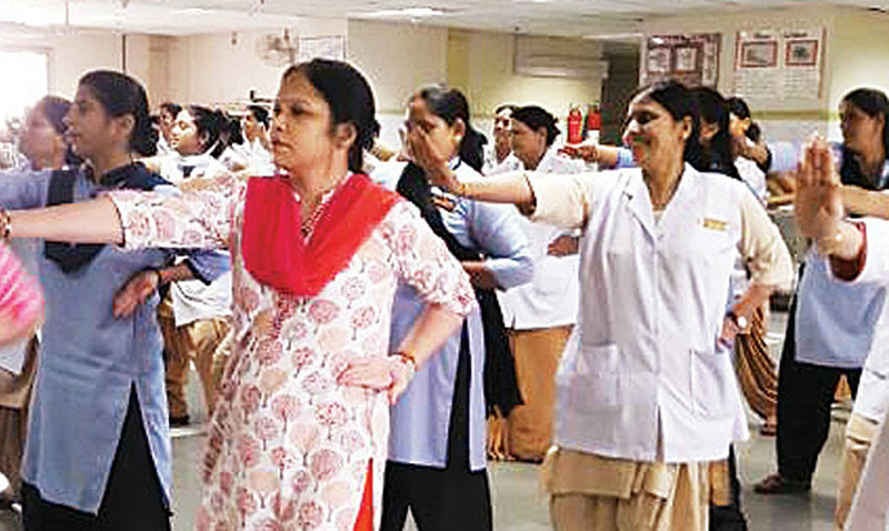 India capacita médicos con Taekwondo