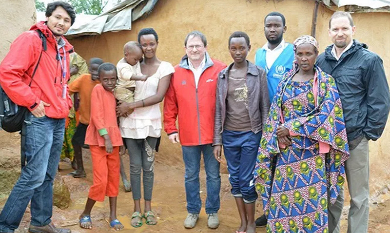 WTF sigue trabajos humanitarios con refugiados