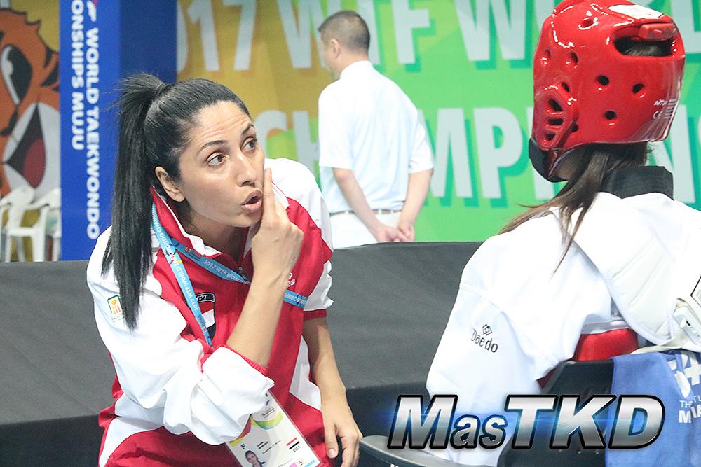 Coach-de-taekwondno_Mujer