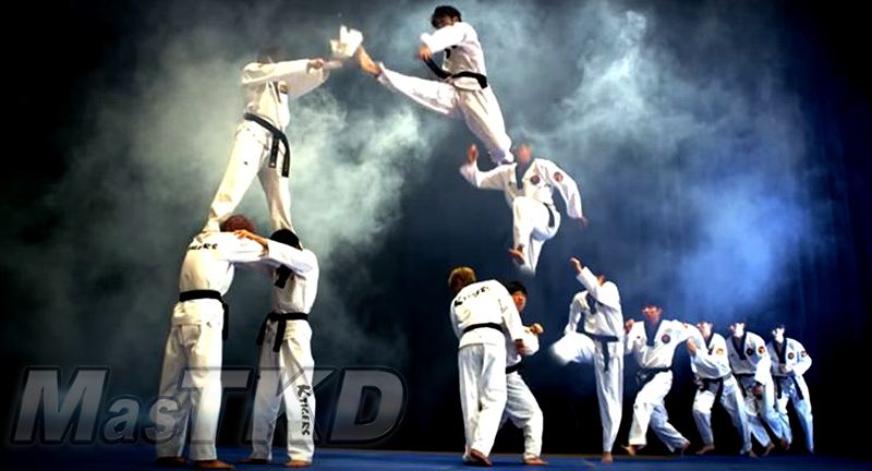 Rompimiento_k-tigers-demo_Taekwondo