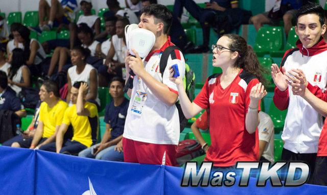PER-Taekwondo_Coach-Gritando