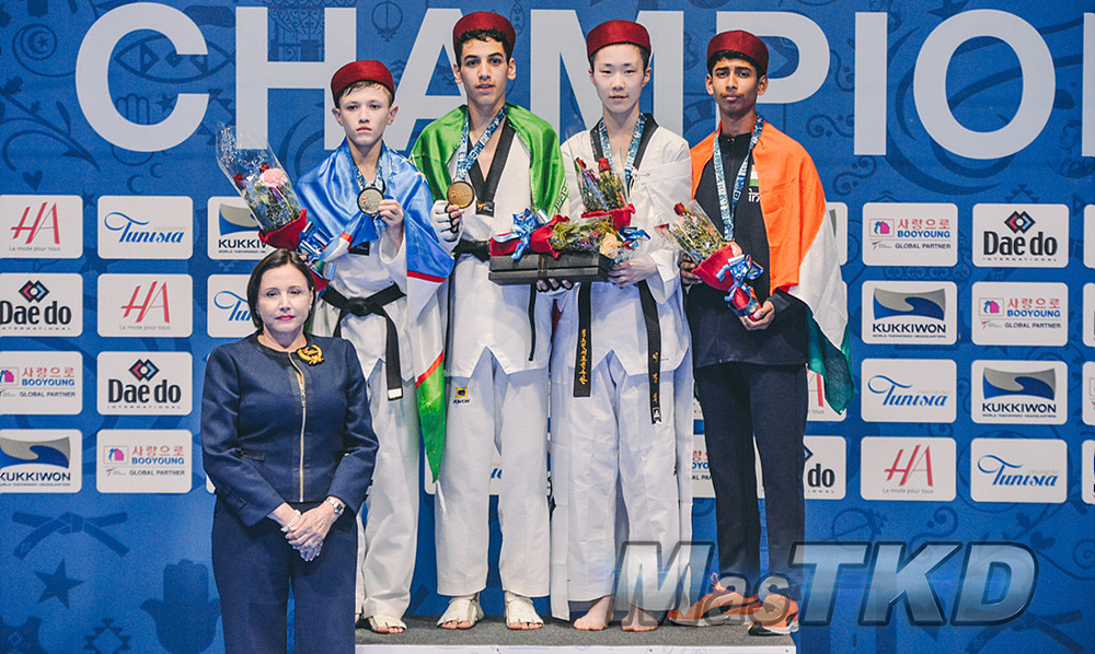 20180409_M-45_World-Taekwondo-Junior-Championships-Podio