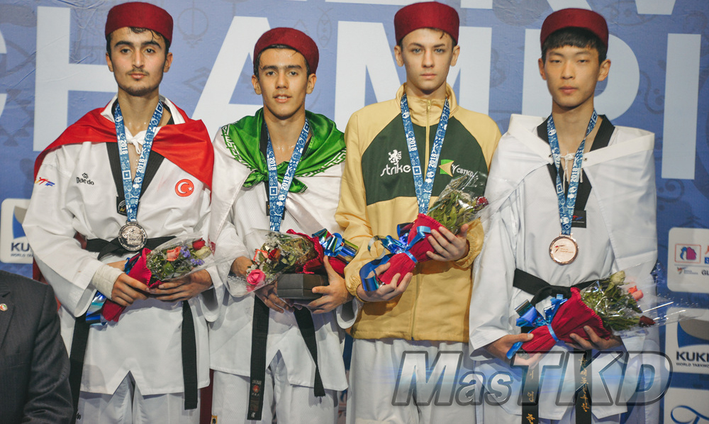 20180411_M-59_World-Taekwondo-Junior-Championships-Podio