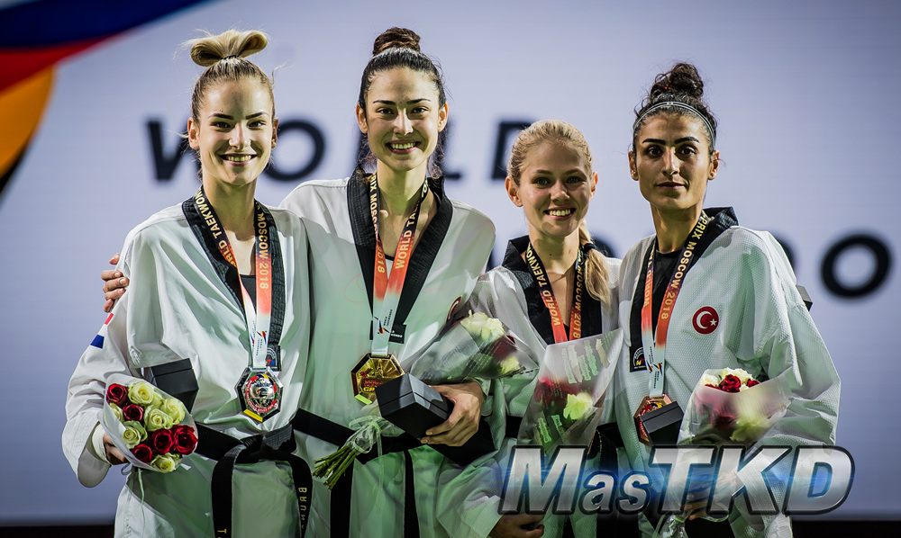 mT_World-Taekwondo-GP-Moscow-2018_F-57_Feather-Femenino_PODIO