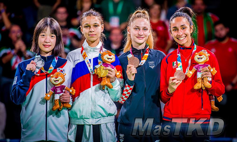_YOG_Buenos-Aires-2018_Podio-Taekwondo_F-44_Juegos-Olimpicos-de-la-Juventud