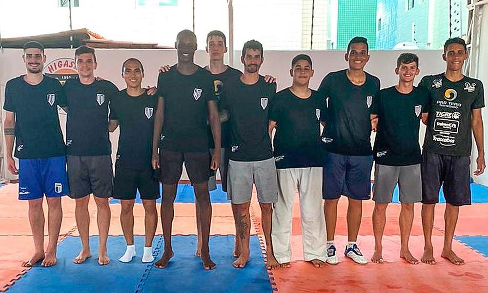 Camping na Paraíba marca retorno de Netinho aos treinos