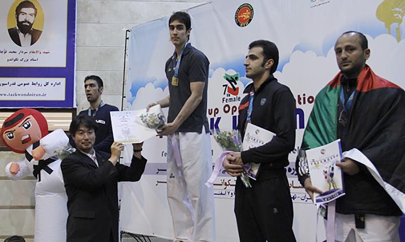 Resultados completos de la vigésima quinta edición del Abierto de Fajr, evento catalogado por la Federación Mundial de Taekwondo como G-1, que se realizó del 24 al 26 de Febrero en la ciudad de Tehran, Irán.