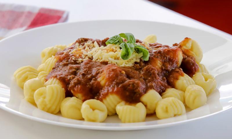 Noquis-con-salsa-bolognesa