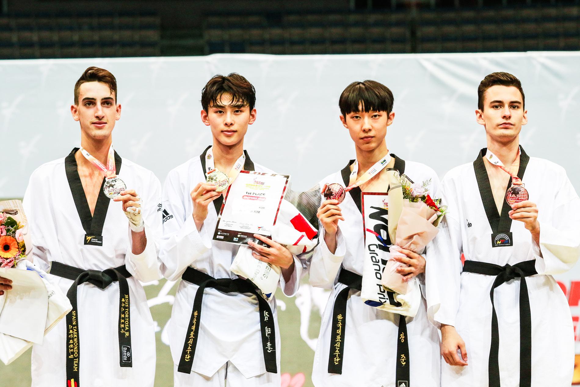 Day-2_Taoyuan-2018-World-Taekwondo-Grand-Prix_Podio_M-58